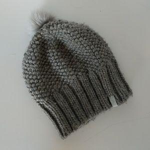 Athleta gray knit beanie with fur pom pom